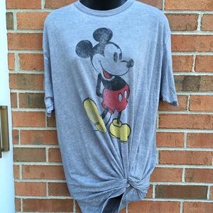 ☀️ 3/$15 Gray Mickey Shirt